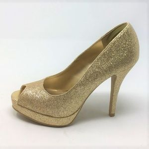 Fioni Gold Sparkly Heels Pumps Peep Toe size 6